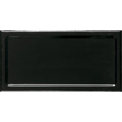 In Metro Black 10x20