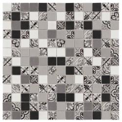 Ink Antique Black 33x33 Mosaico Cristal