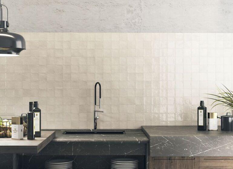 azulejos para cocinas blancas grandes o pequeños