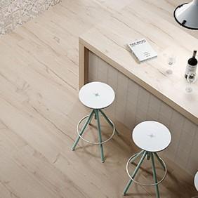 Pavimento porcelánico imitación madera natural