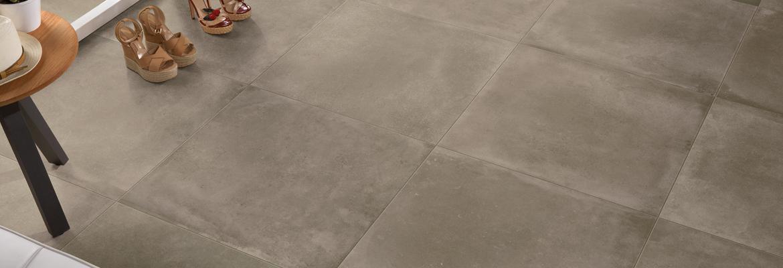 Suelos porcelánicos italianos imitación cemento